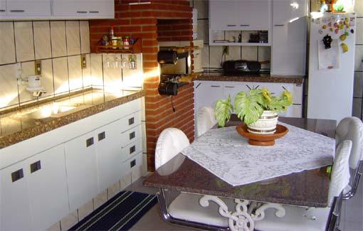 de modelos de churrasqueira para apartamento , instalada na cozinha