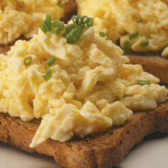 Ovos mexidos – iguais aos de hotel!